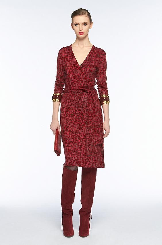 La Linda Dress, version jersey de la Wrap Dress, dans le coloris de la  saison, Diane von Furstenberg (359 \u20ac)