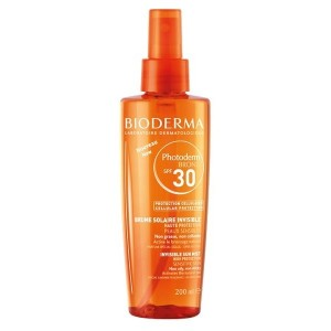 Photoderm Bronz, une brume protectrice ultra fine (doc. Bioderma)