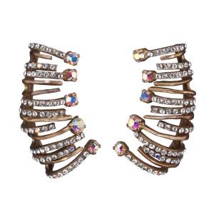 Clips d'oreilles en laiton et strass, Dior (450 €)