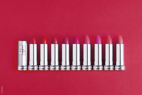 La collection des rouges à lèvres In Love de Lancôme s'enrichit de 9 nouvelles teintes. Les gloss coordonnés arrivent début juin...