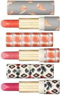 Look 1900 pour les nouveaux  rouges à lèvres Paul & Joe