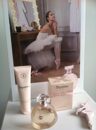 La danseuse étoile de l'Opéra de Paris Dorothée Gilbert incarne le Parfum Repetto (ph. VD)