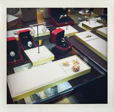 Les merveilles de la collection Paris Nouvelle  Vague, dans les salons de la boutique Cartier (ph. VD)