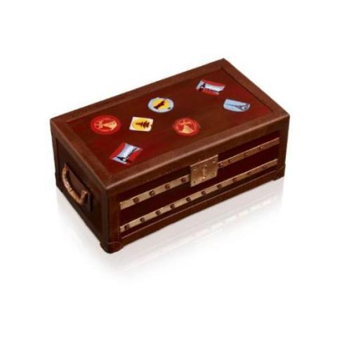 Malle de voyage en chocolat, signée Christophe Michalak et Jean-Marie Hiblot, à déguster en au Meurice