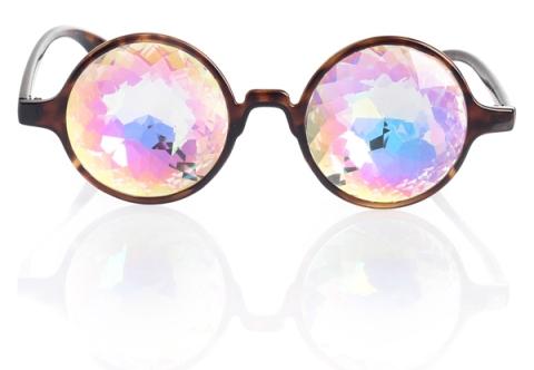 H0les_prism_glasses5