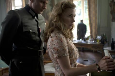 """La première image du film """"Suite française"""", dévoilée aujourd'hui..."""