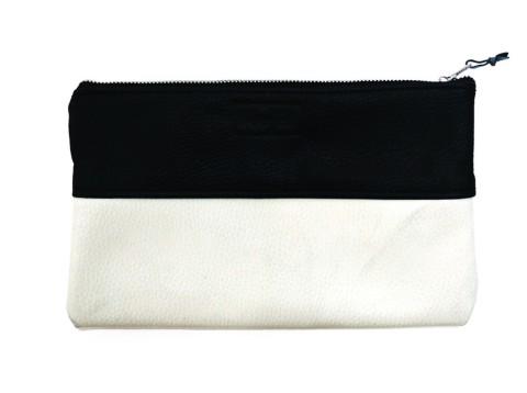 Pochette artisanale en cuir bicolore, ookie & Cream sur Woolfell.net (20 $)