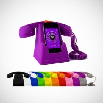 L'Ice-phone sur son support rétro en caoutchouc... Raccrochez!