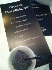 """La recette du cocktail """"Skin-Absolute"""" inspiré par le nouveau soin noir Filorga (ph. VD)"""