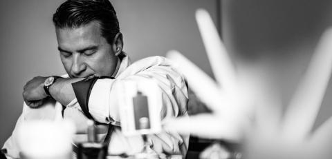 Thierry Wasser en plein travail (doc. Guerlain), l'homme idéal se profile...