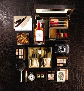 "Inspiration Lauren Bacall pour la collection Noël ""Scotch On The Rocks"" de Bobbi Brown"