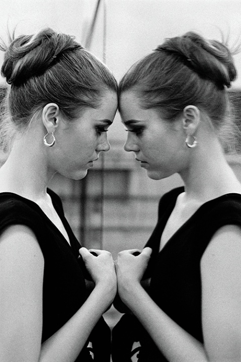 Double Jane Fonda, double plaisir des mirettes. Photo Henri Dauman