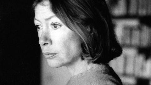 Portrait de Joan Didion dans les années 1960 (credit: Jerry BAUER/Opale).