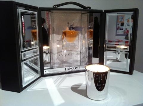 Coffret magique et bougie parfumée La Vie est belle! (ph. VD)