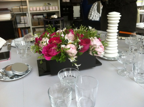 Une jolie table était dressée en l'honneur du N°5 dans la boutique de Michèle Gay (toutes les photos, VD)