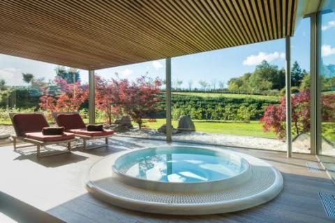 hotel-des-bains-wellness-jacuzzi