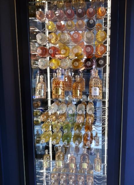 BoutiqueGuerlain_CaveAFlacons