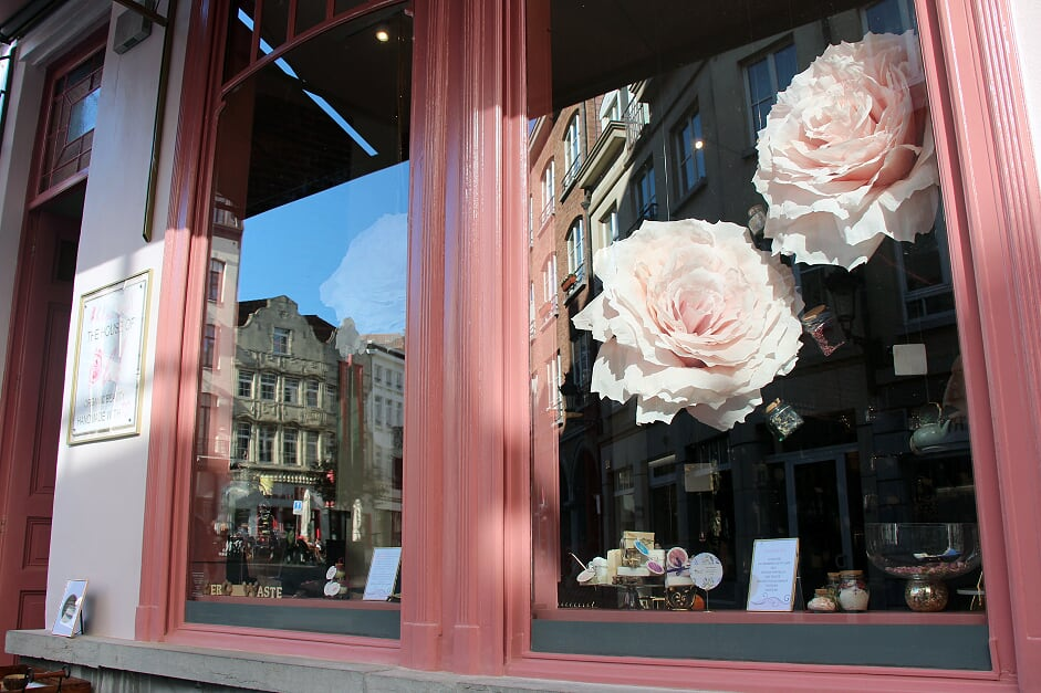 OhLouLou_Shop window1