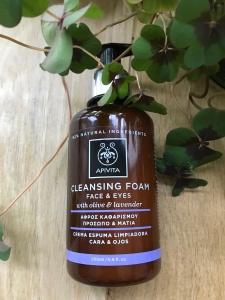Apivita_cleansingFoam